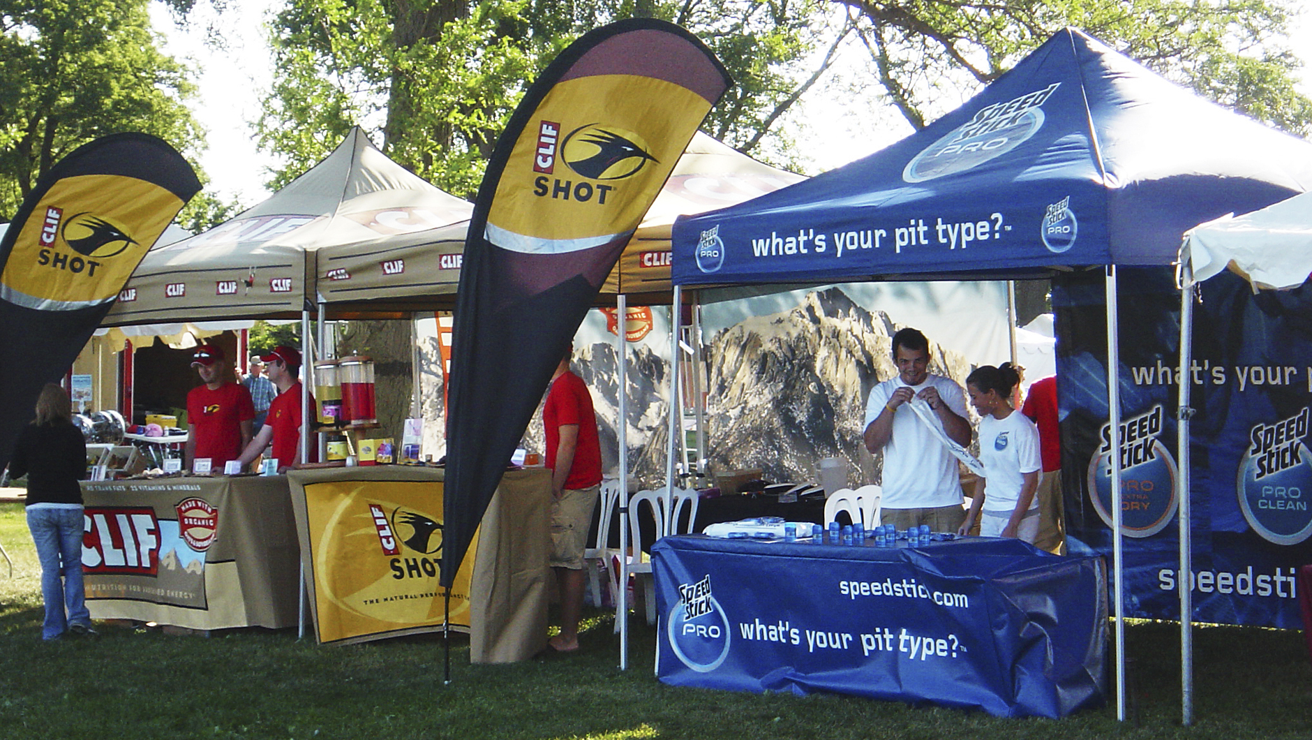 ... tent with flag ... & MasterTent® Pop-Up Tents | Custom Printed Canopies | Britten Inc